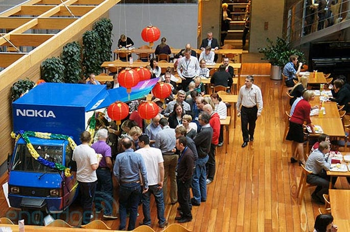 Visualized: Nokia's Asha 308, 309 in-house lunchtime launch
