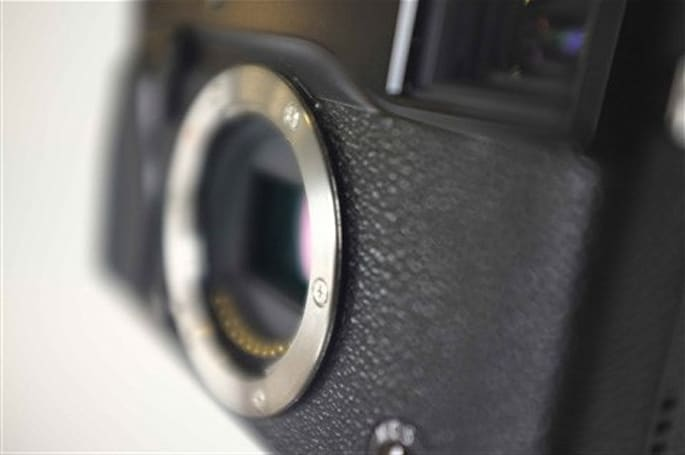 New Fujifilm camera pictures leak, shooter scheduled for CES debut?