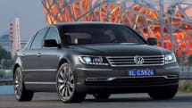 Volkswagen 2011 Phaeton can read street signs using windshield mounted camera