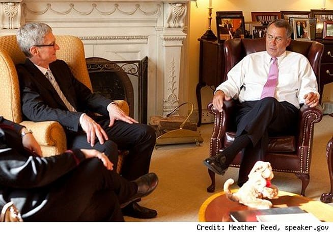 Tim Cook meets with Speaker of US House of Representatives, John Boehner