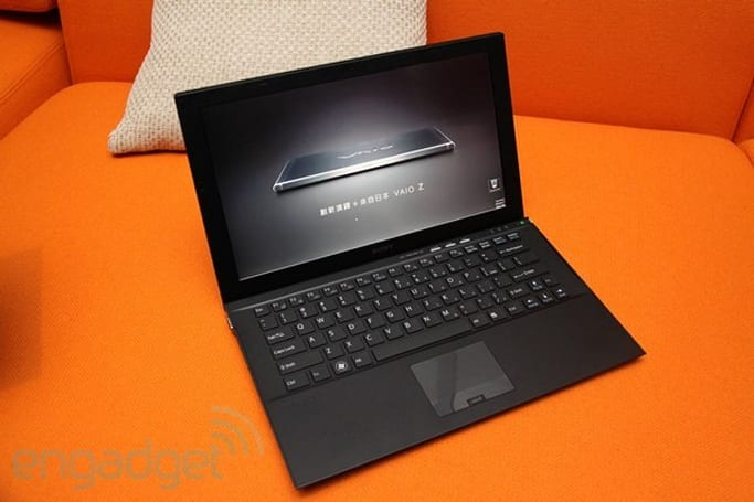 Sony's new VAIO Z ultraportable laptop with Power Media Dock hands-on (video)
