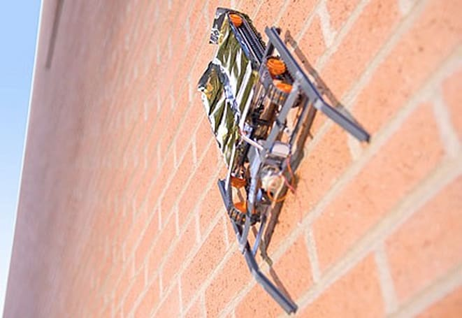 Wall-climbing robot scales nearly any building material