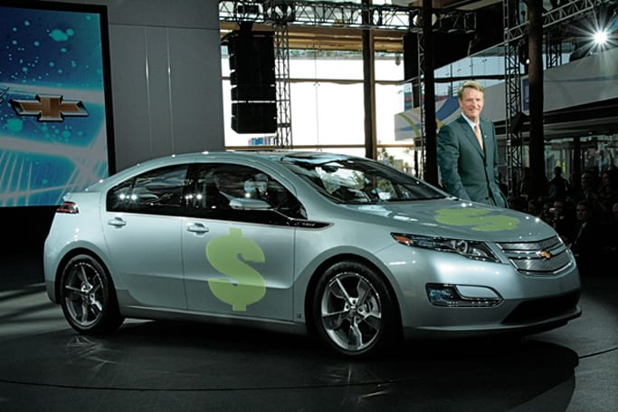 GM chief to drive Chevy Volt in search of $18 billion handout