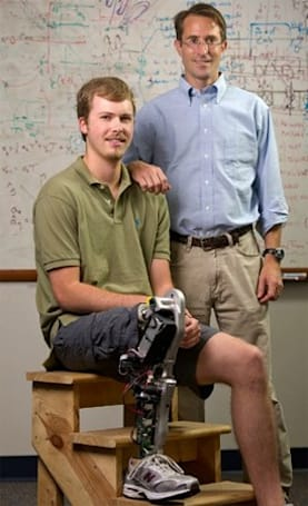 Bionic leg anticipates wearer's movements for more natural motion