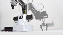 誰でも簡単に制御できるロボットアームがサンコーから発売。手を使ってアームを動かすだけで一連の動作を学習