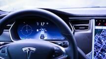 Tesla 的加強版 Autopilot 將從 12 月中旬起陸續推送