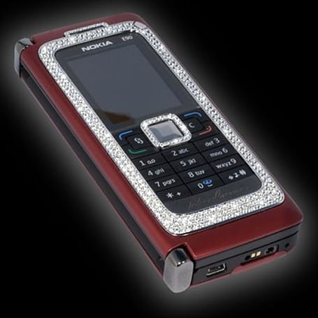 Nokia E90 gets some sparkle, feels a little uncomfortable about the whole thing
