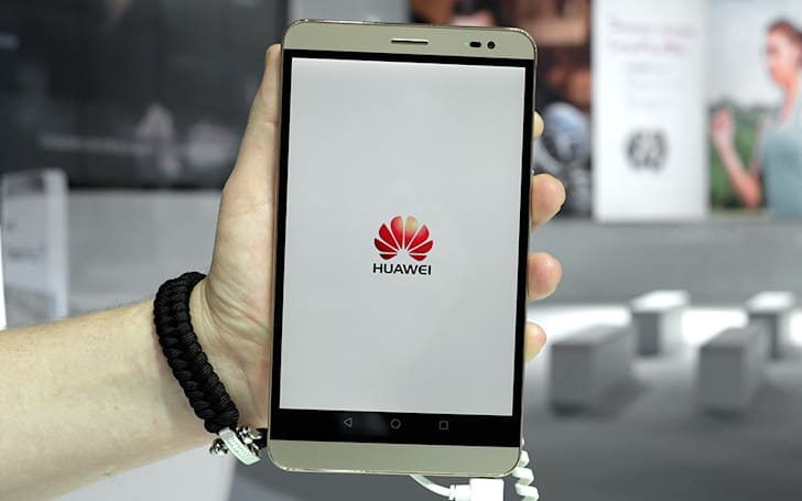 Huawei's MediaPad X2 is a phone with a 7-inch display