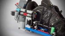 自動ひも締め機能付きシューズをレゴで自作した猛者が現れる