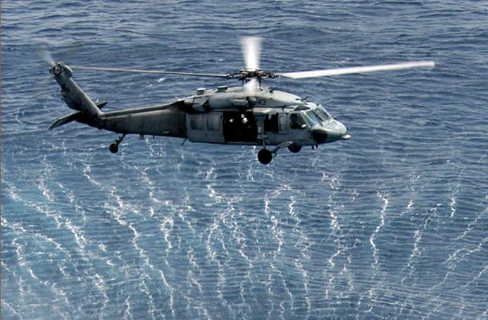 Navy blends Jet A and algae-based biofuel, uses it to power Seahawk chopper (video)