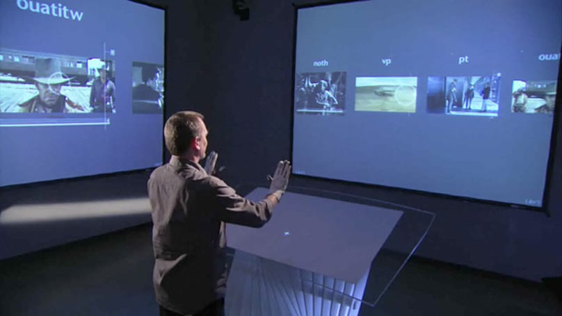 Minority Report UI designer demos his tech at TED (video)
