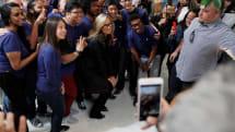 アップルストア店員に扮した泥棒によるiPhone大量盗難相次ぐ。3月に67台、今月新たに19台