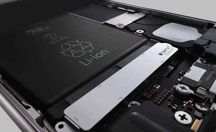 Here's why the iPhone 6s has a smaller battery