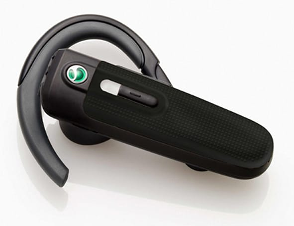 Sony Ericsson adds trio of headsets