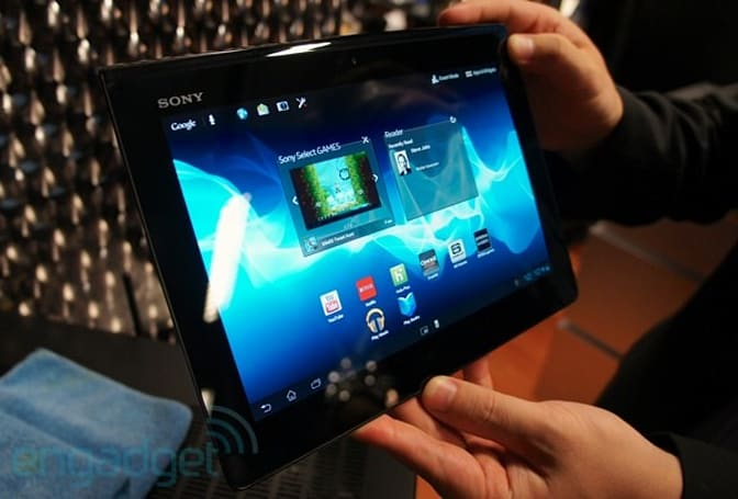 Sony Xperia Tablet S hands-on (video)