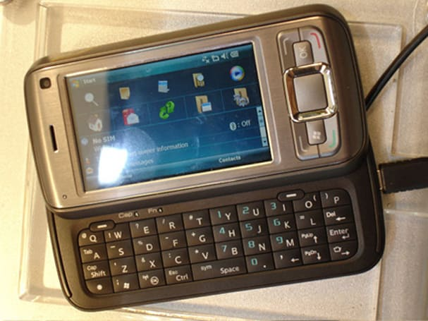 The handsets of GITEX 2008: HTC, SE and TechFaith
