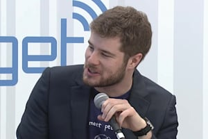 Engadget at CES 2014: Pebble Interview