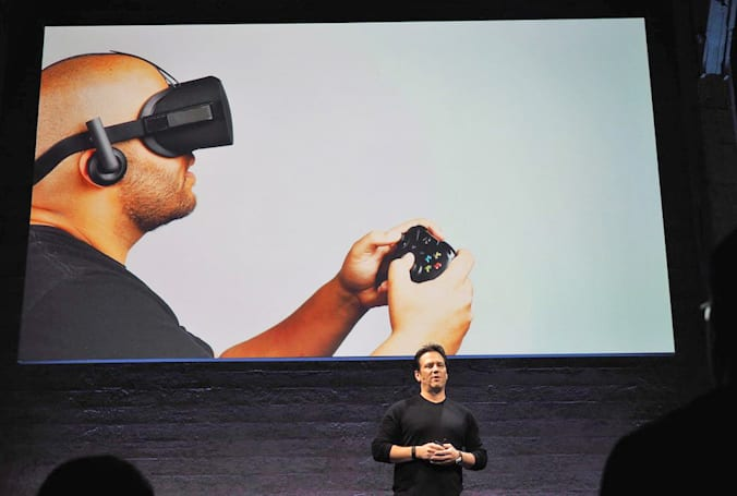 Oculus teams up with Xbox for game streaming, controller