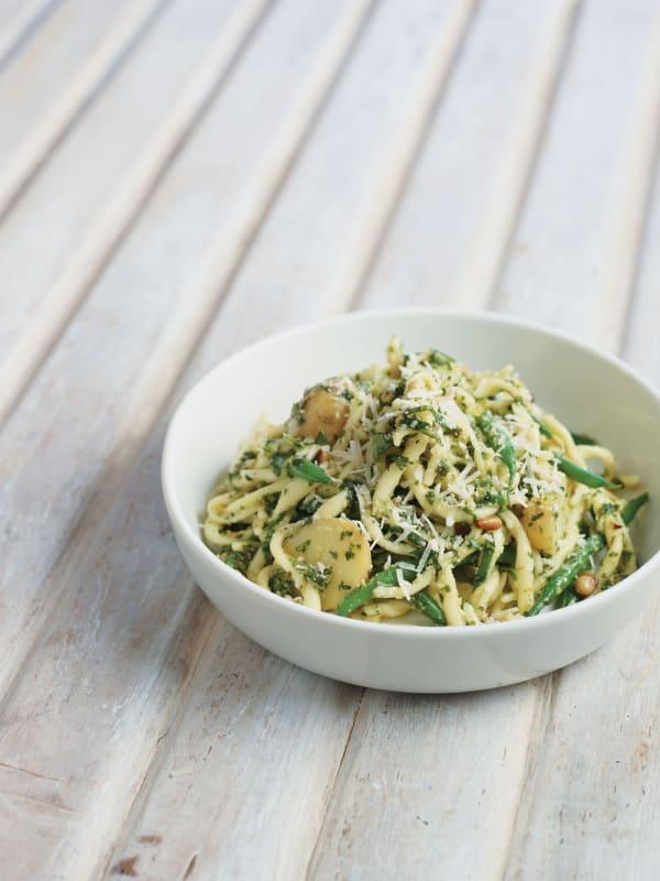 Ligurian Potato and Green Bean Pasta with Pesto recipe