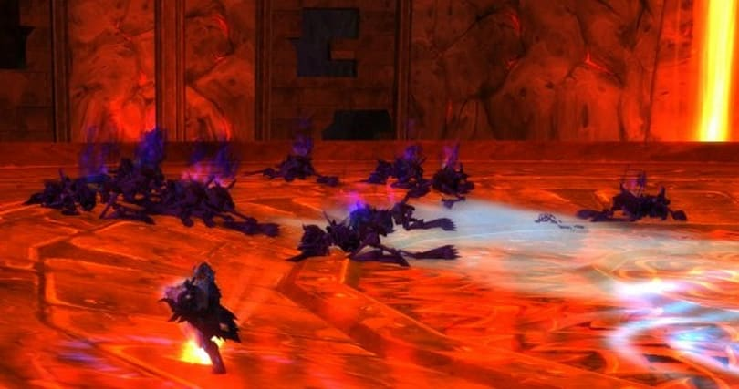 The Light and How to Swing It: Streamline your prot paladin tanking with macros