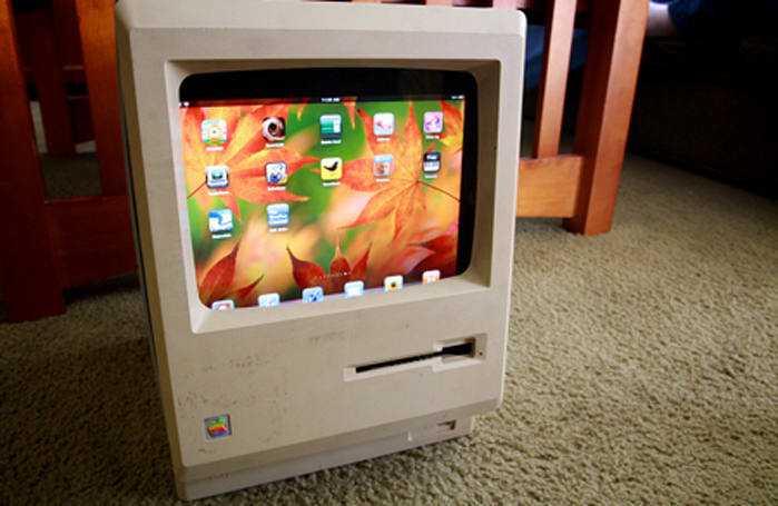 A Macintosh Plus repurposed for the iPad