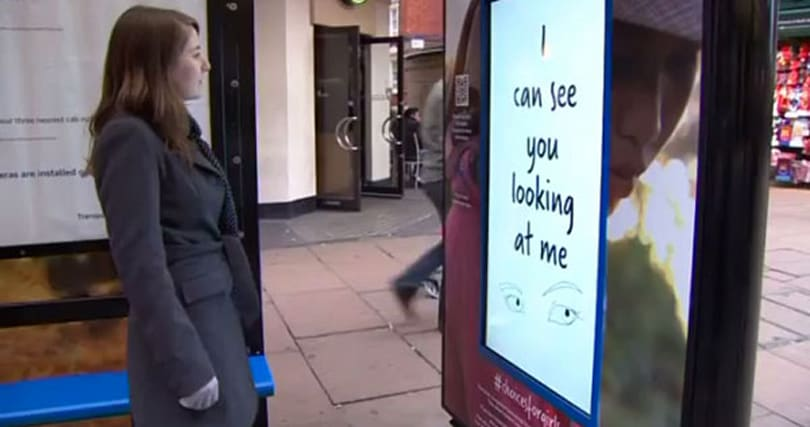 Face-recognizing billboard ad identifies gender: no boys allowed (video)