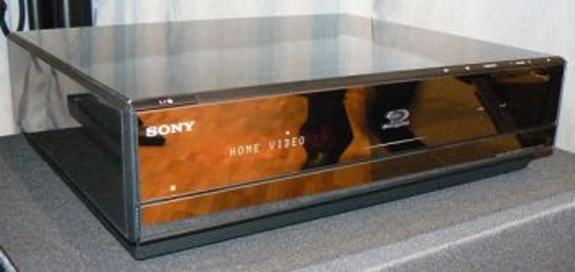 Sony's BRAVIA BDV-IT1000 Blu-ray HTIB gets unboxed, previewed