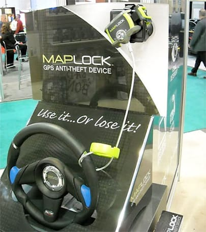 Maplock chains GPS unit to steering wheel, dares thieves to interfere