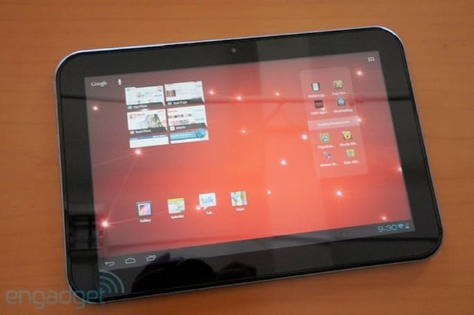 Toshiba Excite 10 ICS tablet goes on sale, prices start at $450 for 16GB model