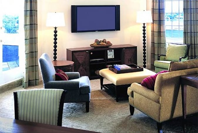LG, Control4 team up on HDTV automation system for hotels