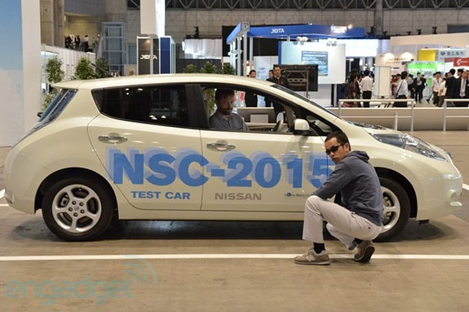 Nissan NSC-2015 self-driving car with LTE and smartphone connectivity (test-ride with video)