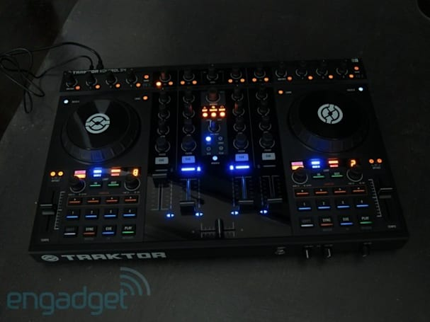 Native Instruments Traktor Kontrol S4 review