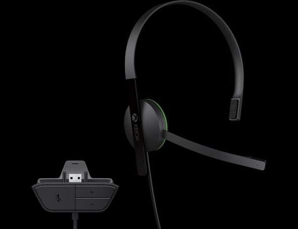 Xbox One: chat headset not included