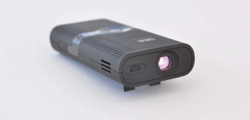3M's PMP-packing MPro 150 pico projector gets a partially positive review (video)
