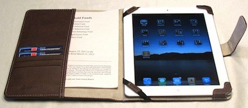 Griffin Elan Passport folio for iPad 2: Classy and practical protection