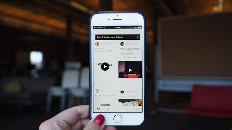 Ello's ad-free social network comes to the iPhone