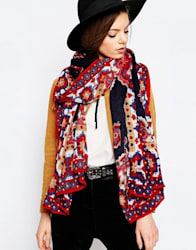 Oversized Scarf With Paisley And Border