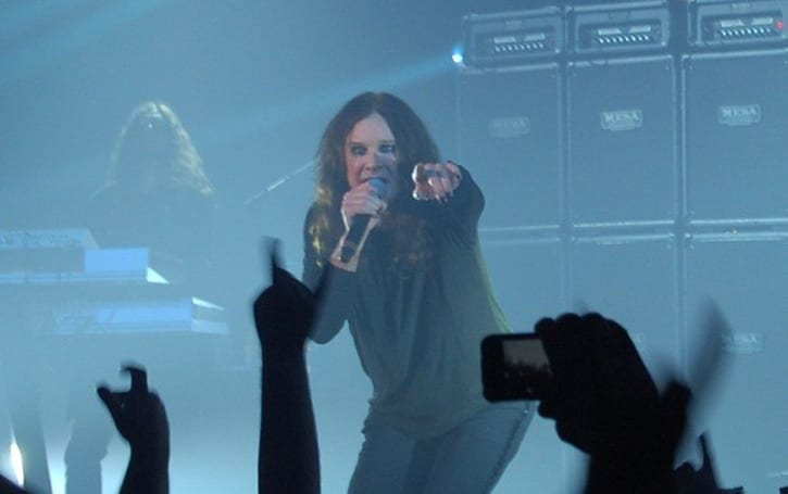 BlizzCon 2009: Ozzy Osbourne closes show down, injures no bats