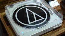 オーディオテクニカからBluetoothレコードプレーヤーAT-LP60-BT。手持ちのBluetoothスピーカーでワイヤレス再生