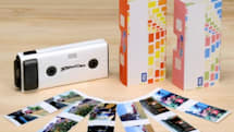 Takara Tomy's toy camera shoots in 3D, costs as much as a grownup 2D camera