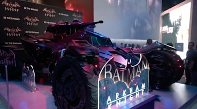 Watch the Batmobile burn robbers in Arkham Knight trailer