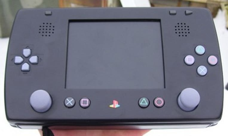 PlayMad takes PSOne portable, shouts out to Sega's Nomad