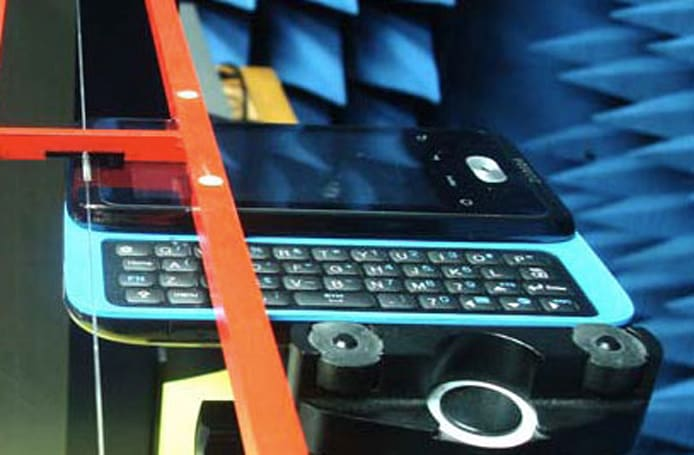 HTC 'PC70110' slider tested by FCC with love of AT&T's 3G, probably Android