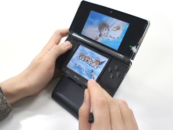 Kid Icarus: Uprising flies too close to the 3DS, gets bundled with a stand