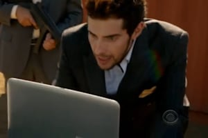 Screen Grabs: Dell Streak and Adamo XPS on NCIS: LA