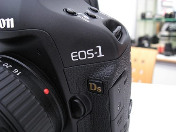 Hands-on with Canon's EOS 1Ds Mark III