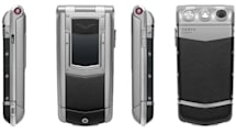 Vertu Constellation Ayxta luxo-flip slums it at the FCC