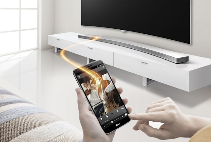 Here's a curved LG sound bar to go with your curved LG TV
