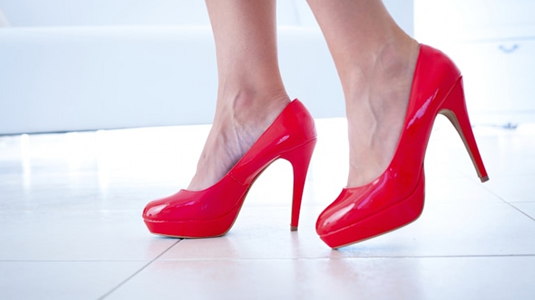 How bad are high heels? We find out!