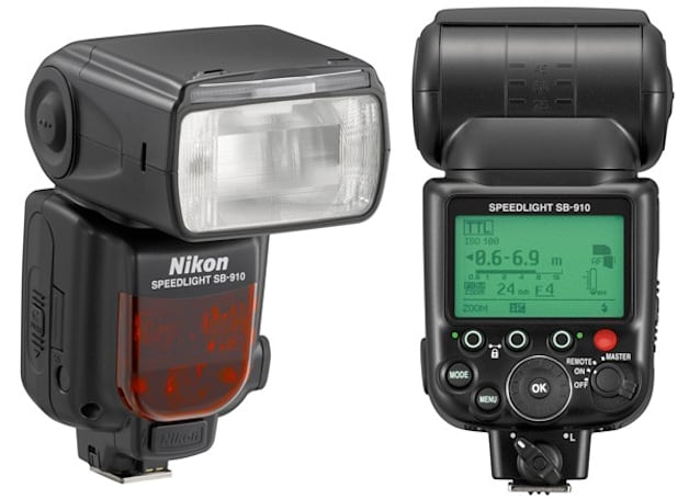Nikon launches $550 Speedlight SB-910 flash: light-up controls and thermal cut-out protection